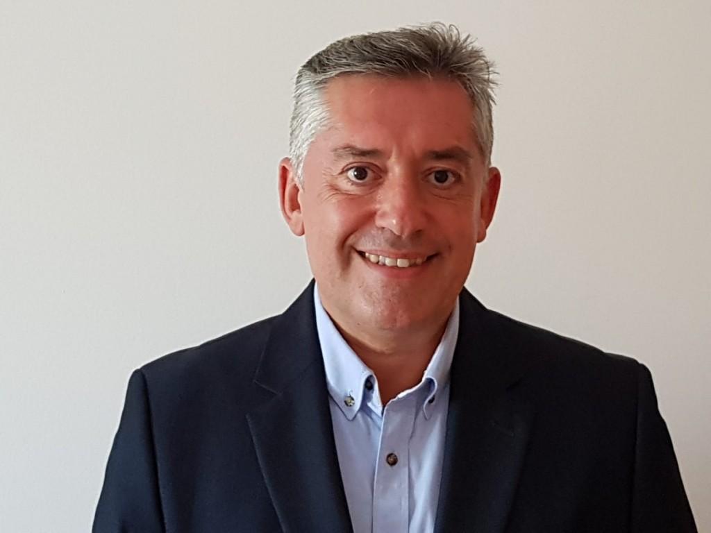 Enrique Losquiño, Director Nacional de Ventas Genneraventa